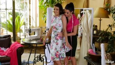 Mom Knows Best – Adria Rae And Veronica Avluv Not Tied Down