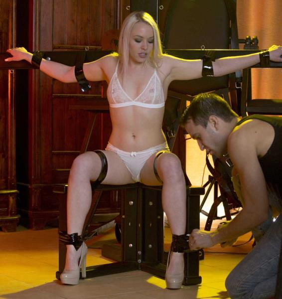 Lola Taylor – Shades of Kink