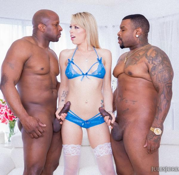 Zoey Monroe – Double Black Penetration 4