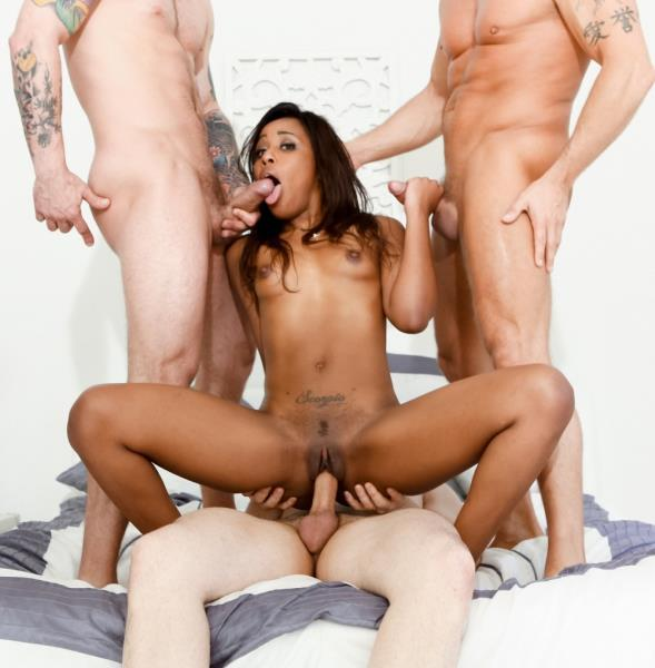 Ashley Pink, John Strong, Mr. Pete, Marcus London – White Out 5, Scene 2
