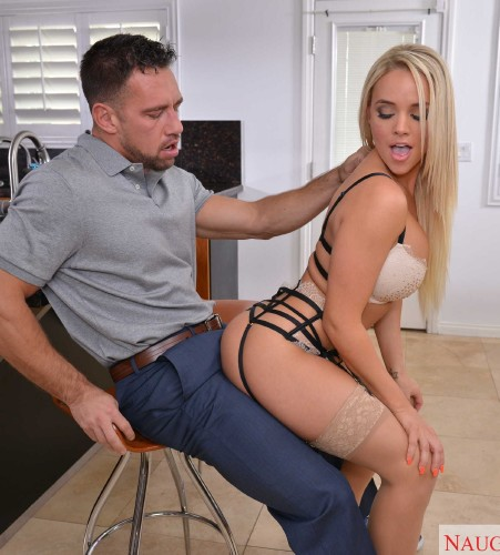 Alexis Monroe – Dirty Wives Club