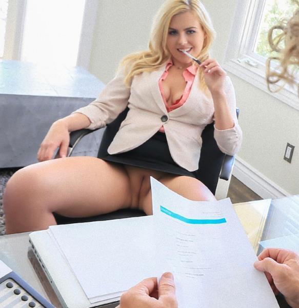 Summer Day – Hot Blonde Fucks Doctor