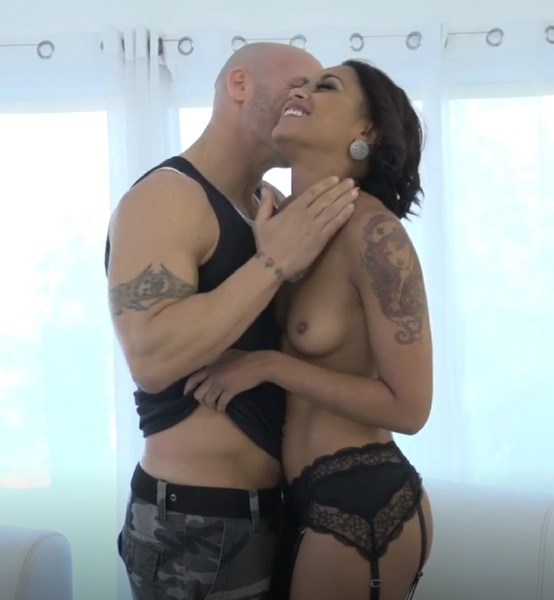 Skin Diamond – Drilled and satisfied in the ass