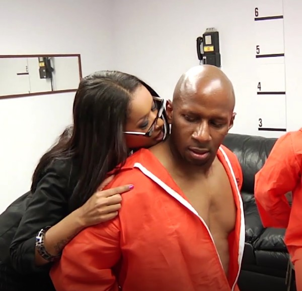 Skin Diamond – Fake lawyer takes two hungry cocks in prison