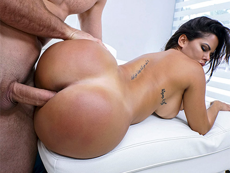 Diamond Kitty – Back And Thicker Than Ever