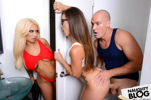 Kelsi Monroe, Brandi Bae – Kelsi goes to the bathroom and sees the giant penis of his girlfriend's half-brother and finally gives both her and his girlfriend