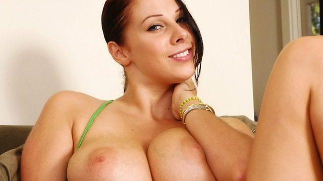 Gianna Michaels – Gianna's has massive tits