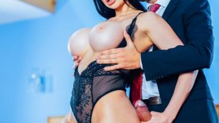Aletta Ocean – When Keiran loses his job, he is helped to find a new career … he is paid to give pleasure to Milf Aletta.