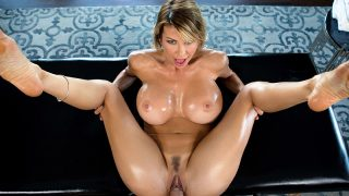 A Treat For Her Feet Alexis Fawx & Keiran Lee