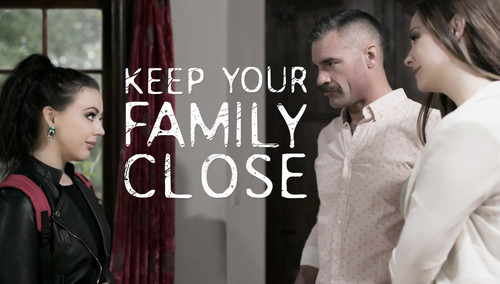 Chanel Preston,Whitney Wright – Keeping Your Family Close