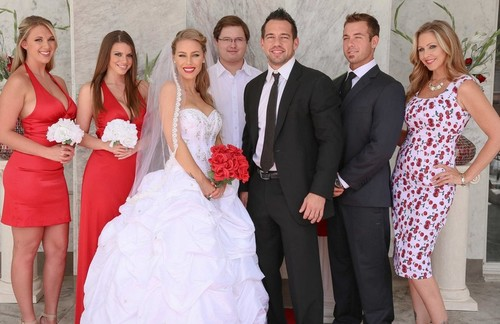 Julia Ann, Nicole Aniston – Wedding Sluts