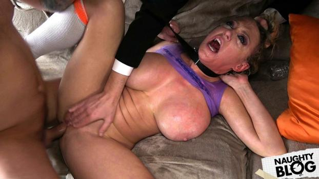 Dee Williams – Daddy's Baby Loses Her Anal Cherry