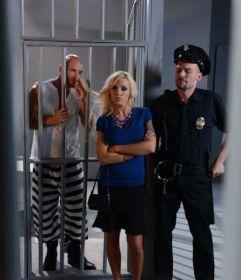 Jailhouse Cock Nina Elle & Johnny Sins