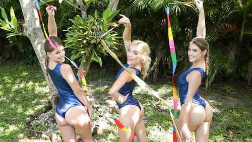 Katie Kush , Lea Lee , Kenzie Madison – Gymnasdick Training
