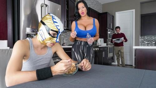 Sybil Stallone – Fuckstyle Wrestling