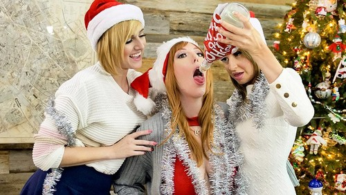 Natasha Ianova, Kate England, Lauren Phillips – A Bad MYLFS Xmas